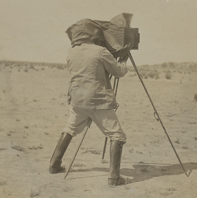 Walter Cunningham Hume photographing sand hills, c1890