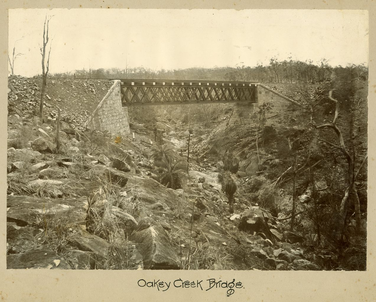 Image of Oakey Creek Bridge.