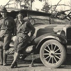 Nora Holdsworth, James Lowson and Dorothy Hill at a University of Queensland geology excursion, c1928